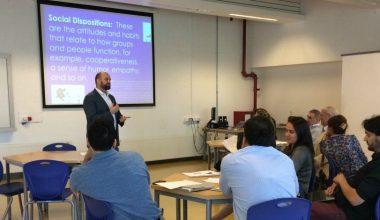 Profesor de Harvard dicta novedoso taller de aprendizaje en el campus de Viña del Mar
