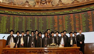Culmina la segunda versión del Diploma en Gestión de Acciones dictado por el CEE y la Bolsa de Comercio de Santiago