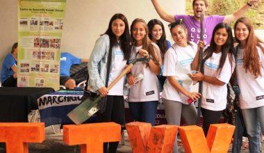 Feria de la Solidaridad recibió a los nuevos alumnos en Peñalolén