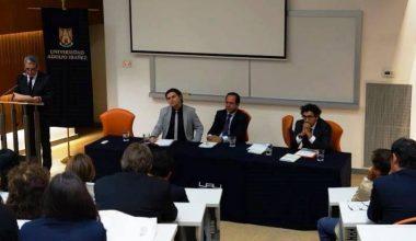 Esteban Pereira lanzó libro sobre obligatoriedad de los contratos