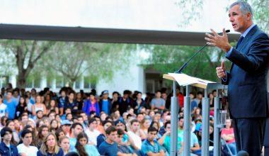 Autoridades dieron la bienvenida a los mechones 2016 en el Campus Peñalolén
