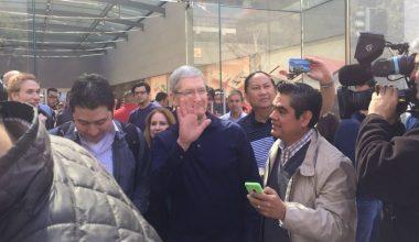 Alumnos del Multinational MBA se fotografiaron con CEO de Apple, Tim Cook, en Silicon Valley