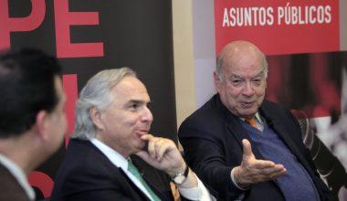 Ex Ministros Insulza y Chadwick inauguraron Máster de Comunicación Política y Asuntos Públicos