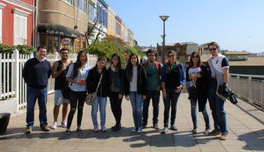 Alumnos del Campus Viña del Mar hicieron recorrido histórico por Valparaíso