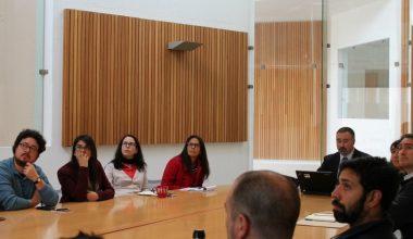 Director del Programa Regional de CONICYT se reunió con investigadores UAI