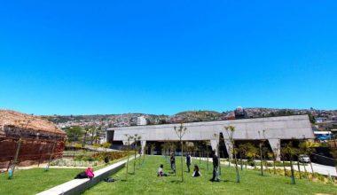 Académicos UAI serán curadores en la Bienal de Arquitectura 2017 en Chile