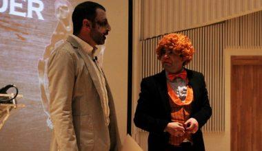 """Con humor e irreverencia finaliza """"Charlando de Negocios"""" en UAI Viña del Mar"""