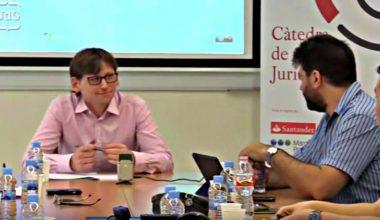 Alberto Pino de Facultad de Derecho, expuso en España sobre su tesis doctoral