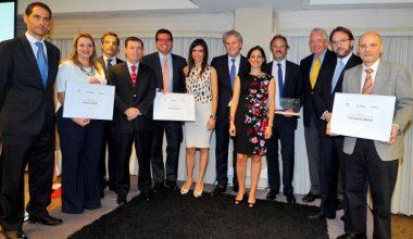 Escuela de Negocios UAI, SOFOFA y Revista Capital abren convocatoria a Premio de Sostenibilidad Social
