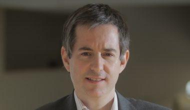 Profesor de la Escuela de Negocios elegido uno de los economistas del futuro