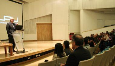 UAI dio la bienvenida a nuevos alumnos que ingresaron al Campus Viña