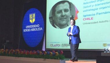 Ignacio Fernández de Psicología UAI expuso en Congreso Latinoamericano de Felicidad Organizacional