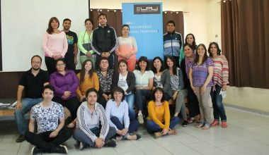 Carola Millán entregó nuevos modelos de innovación docente a profesores de Escuela Básica Arturo Prat