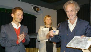 Profesor de Periodismo gana Festival Internacional de Filmes sobre Arte