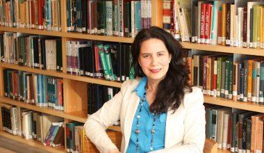 Paola Corti dictó conferencia y dirigió workshop en Universidad de León