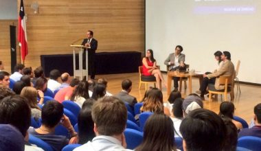 Facultad de Derecho da la bienvenida a sus nuevos alumnos