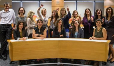 Women's Leadership Program de la Escuela de Negocios: Empoderando y conectado a mujeres