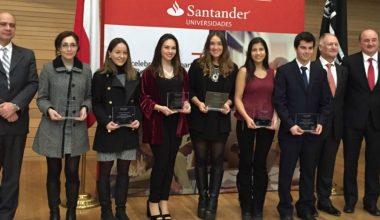 Dos alumnas de Comercial ganan beca para cursar intercambio en el extranjero