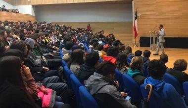 Universidad Adolfo Ibáñez firma acuerdo de colaboración con Columbia University para proceso formativo del Core Curriculum Artes Liberales