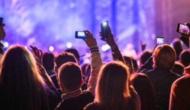 ¿Cómo se relacionan músicos, sellos y audiencias a través de redes sociales?