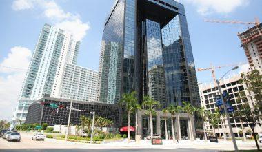Escuela de Negocios UAI nombra a dos nuevos directores académicos para su sede en Miami