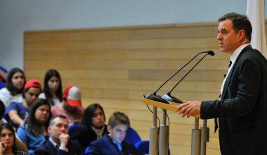 "Niall Ferguson: ""La libertad de expresión no es ni tan gratis ni tan libre"""