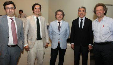 """Director Núcleo Milenio lanza 1° traducción al español de """"La economía de la sociedad"""""""