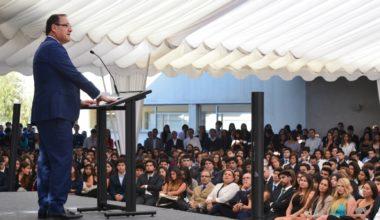 Rector Harald Beyer da la bienvenida a alumnos UAI