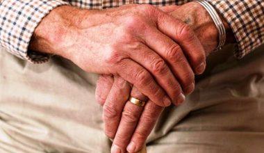 Talleres para emplear a mayores de 50 años: Propuesta de Mariana Bargsted