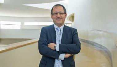 """Harald Beyer, rector de la Universidad Adolfo Ibáñez: """"Creemos que es muy potente la formación que estamos entregando"""""""
