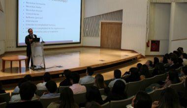 Facultad de Derecho dio la bienvenida en Campus Viña a nuevos alumnos