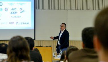 Enrique Cueto, CEO de LATAM, dio inicio al Ciclo de Conversaciones MBA UAI