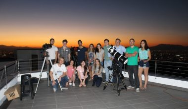 Taller de astronomía para alumnos UAI