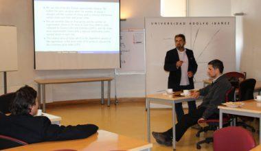 Profesor Fernando Díaz expuso sobre la relación entre precios y concentración en la industria de los supermercados