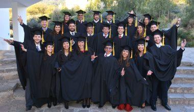 Alumnos de 12 países se graduaron del MBA International Programme