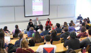 Académicas debaten sobre el aborto libre en Campus Viña