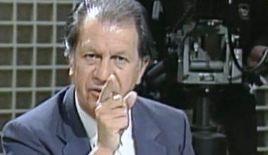 """El desconocido backstage del """"dedo de Lagos"""": Cómo se preparó su emplazamiento a Augusto Pinochet en Canal 13"""