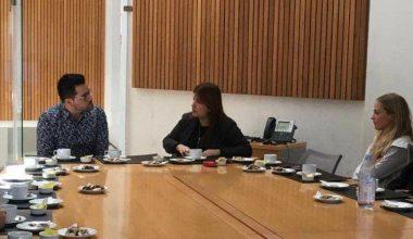 Periodista de La Mañana de Chilevisión conversó con alumnos de Periodismo en Campus Viña
