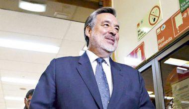 La trastienda de la olvidada detención de Genaro Arriagada, Alejandro Guillier y Abraham Santibáñez a meses del plebiscito