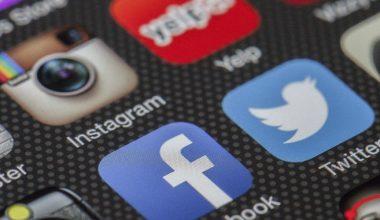 Académico Arturo Arriagada viaja a Canadá para exponer sobre las redes sociales