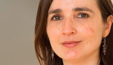 Profesora de Escuela de Negocios UAI Viviana Fernández entre las economistas más citadas del mundo
