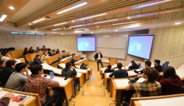 El camino para financiar un Startup: Experto en capitales de riesgo expuso en la UAI