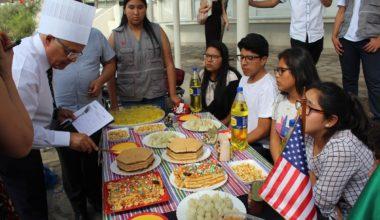 Escolares peruanos visitaron la UAI