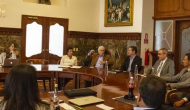 UAI firma convenio de colaboración con Universidad San Francisco de Quito