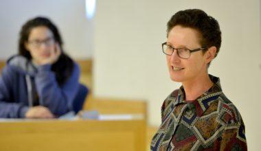 Wendy Stubbs en la UAI: Experta en modelos de negocios sostenibles