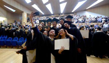 ¡Bienvenidos al mundo laboral! Ingenieros Comerciales se gradúan de la UAI, dentro de las mejores de Chile en la carrera