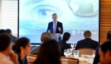 """""""Navegando el Futuro"""" convocó al mundo empresarial, político y sociedad civil en torno a los desafíos país"""