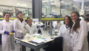UAI es sede de Encuentro Anual de Biología de la Asociación de Colegios Británicos