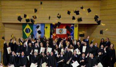 55 nuevos graduados tiene el Magíster en Dirección Financiera de la UAI
