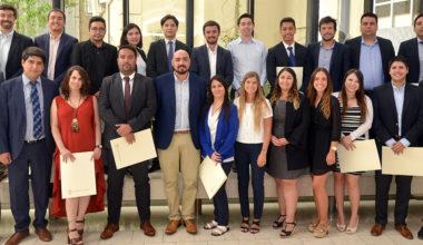 Diplomado de Gestión de Negocios e Innovación concluyó su quinta edición con 26 graduados